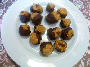 Buckeye peanut butterballs